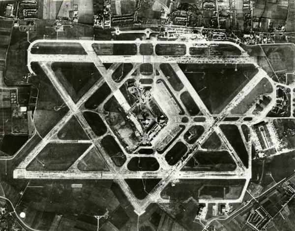 London Airport w 1955 roku