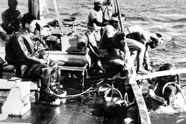 Japońscy poławiacze pereł, będący faktycznie oficerami wywiadu prowadzącymi działania szpiegowskie