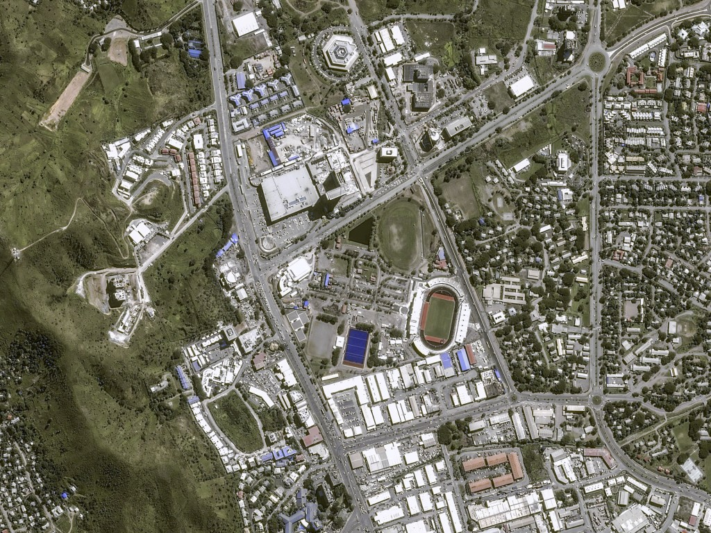 Zdjęcie Port Moresby wykonane 2 czerwca 2015 roku przez satelitę Pléiades (fot. Airbus Defence and Space)