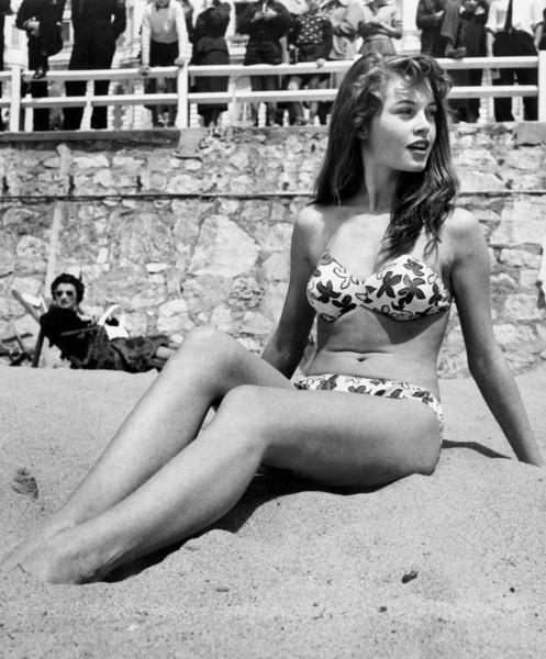 Brigitte Bardot w 1953 roku (fot. pretamoda.wordpress.com)