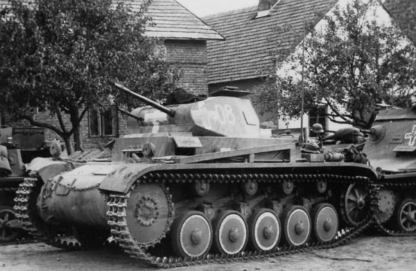 Czołgi PzKpfw II obok mniejszych PzKpfw I stanowiły trzon niemieckich sił pancernych
