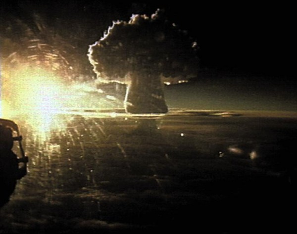 Grzyb atomowy po wybuchu Car bomby