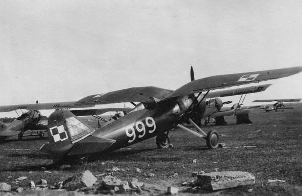 Samoloty PZL P-11 stanowiły trzon jednostek myśliwskich polskiego lotnictwa