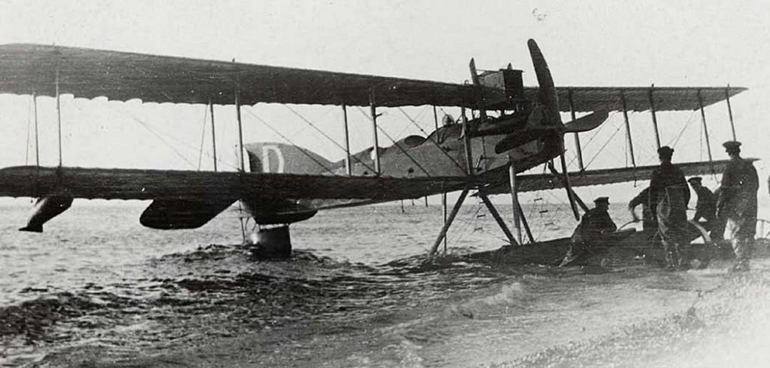 Pierwszy lotniczy atak torpedowy