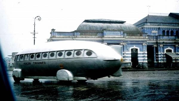 Zeppelin Bus