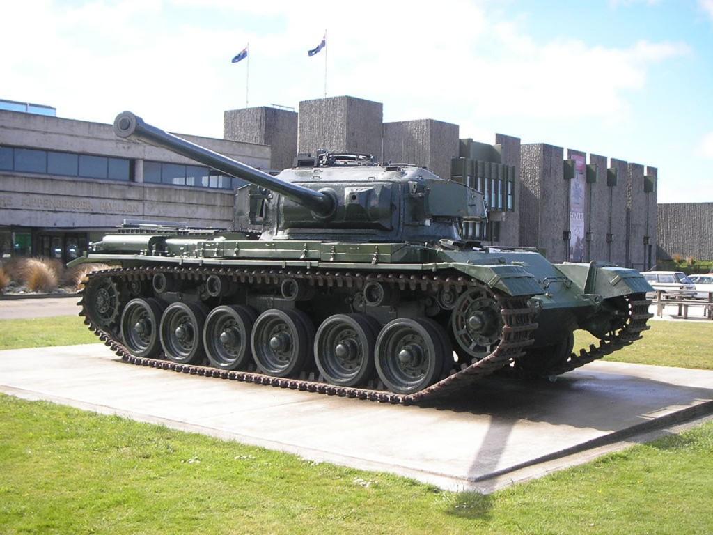 A41 Centurion uzbrojony w armatę 83,4 mm