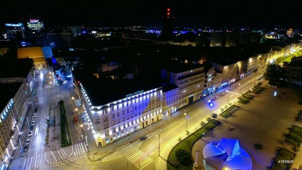 Poznań nocą (fot. Damian Ławniczak i Mariusz Ławniczak)