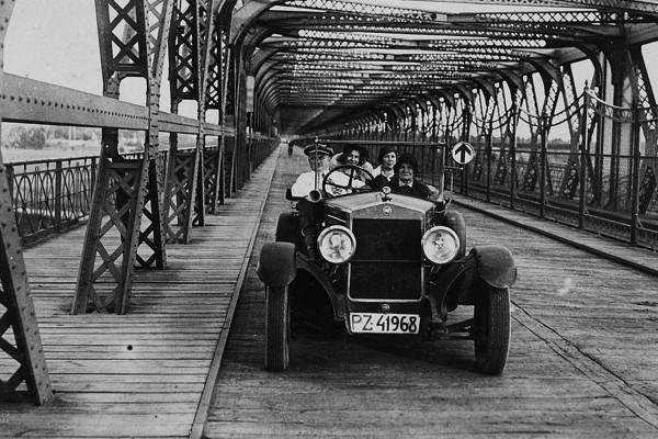 Drogowo-kolejowy most fordoński im. Rudolfa Modrzejewskiego w Bydgoszczy (fot. nieznany)