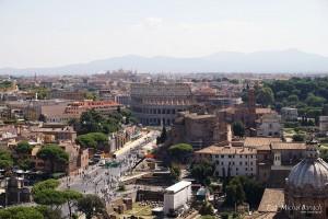 Rzym widok na Koloseum (fot. Michał Banach)
