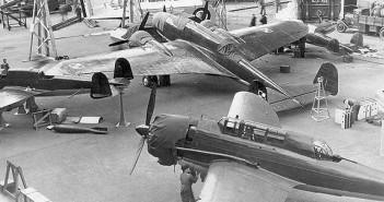 Polskie samoloty na Salonie Lotniczym w Paryżu w 1938 r. - zdjęcie