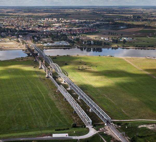 Oba mosty w Tczewie widoczne z powietrza