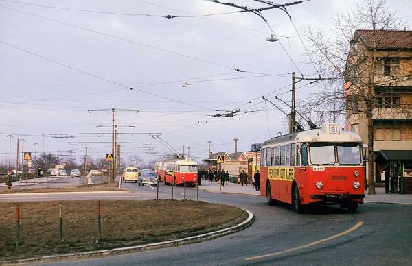 Trolejbusy w Sztokholmie w 1964 roku (fot. Stockholm Transport Museum)