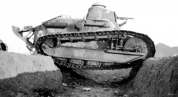 Czołg lekki FT-17 w trakcie prób