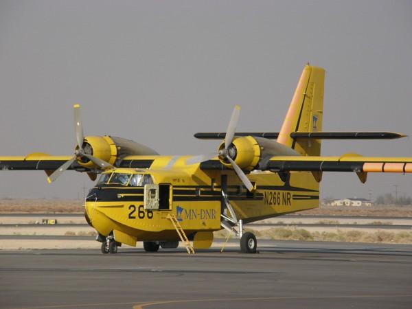 Canadair CL-215 (fot. Alan Radecki)
