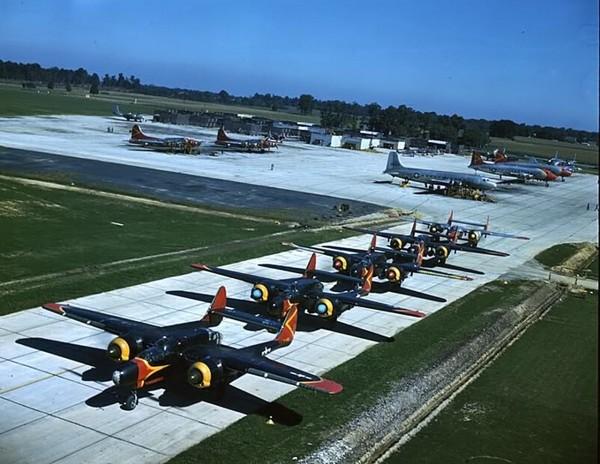P-61C Black Widow biorące udział w programie Thunderstorm Project w 1947 roku