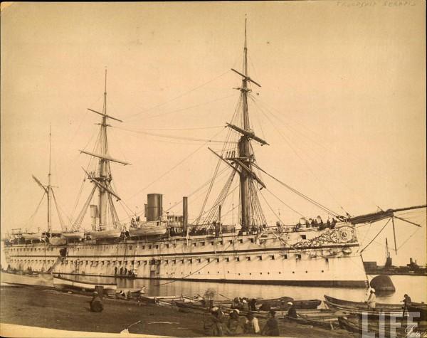 Jedno z nalepszych zdjęć przedstawiających HMS Serapis (fot. LIFE)