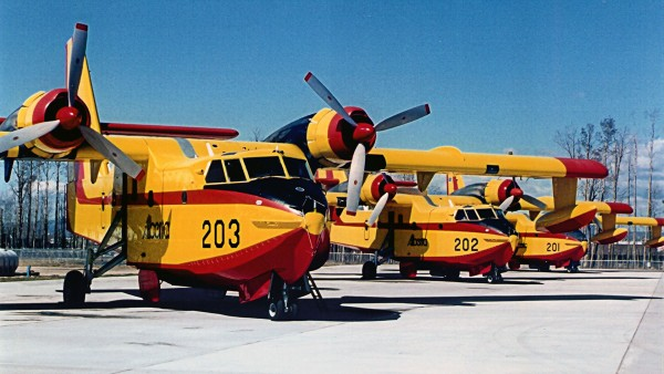 Canadair CL-215 (fot. Wikimedia Commons)