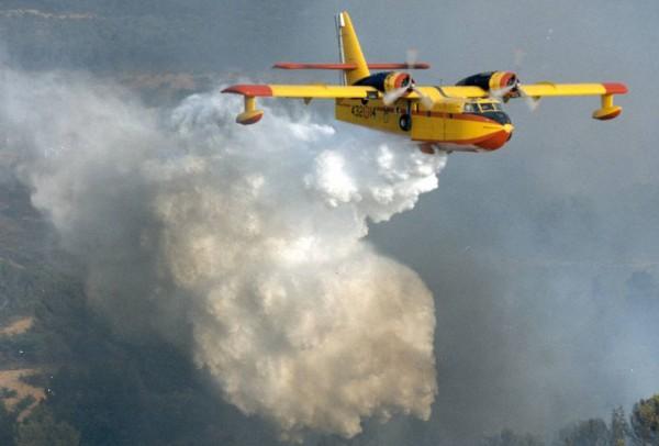 Canadair CL-215 (fot. Bill Wilson)