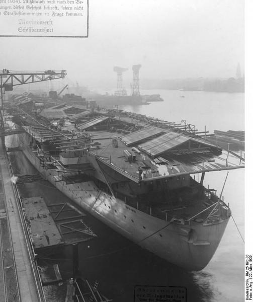 Graf Zeppelin w 1939 roku