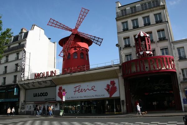 Moulin Rouge współcześnie (fot. Michał Banach)