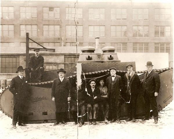 Prawdopodobnie jedyne zdjęcie Studebaker Supply Tank