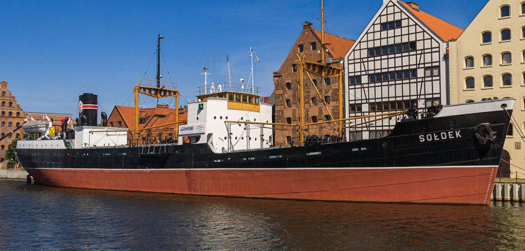 Sołdek - pierwszy powojenny polski statek