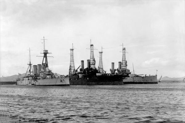 Cała potęga Greckiej floty - pancerniki Kilkis i Lemnos oraz krążownik Georgios Averof