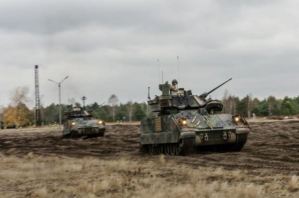 Amerykański M2 Bradley (fot. chor. Rafał Mniedło)