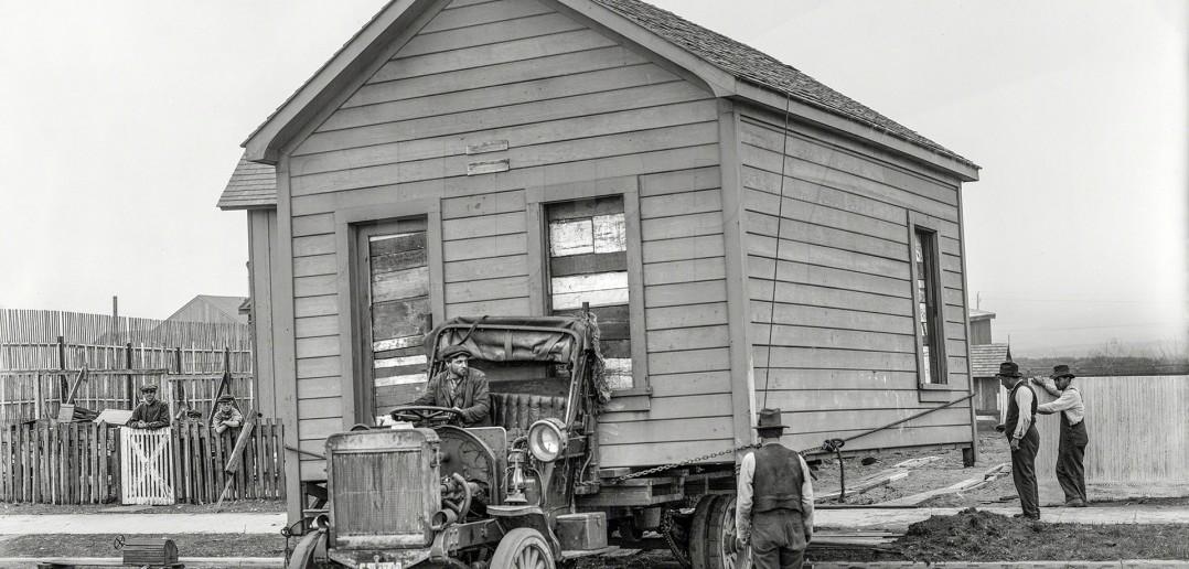 House Movers - przeprowadzka domu w San Francisco w 1919 roku (fot. Shorpy Archive)
