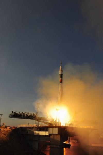 Start rakiety TMA-19M - 15 grudnia 2015. (fot. Stephen Corvaja/ESA)