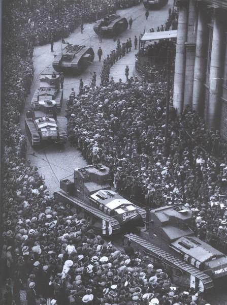 Brytyjskie czołgi wjeżdżające do Dublina