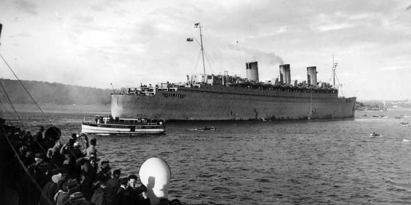 Queen Mary jako transportowiec wojska