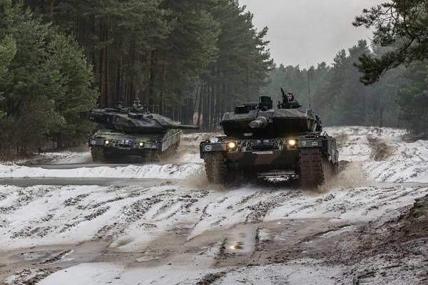 Leopard 2A5 z 11 Dywizji Kawalerii Pancernej na ćwiczeniach (fot. Rafał Mniedło)