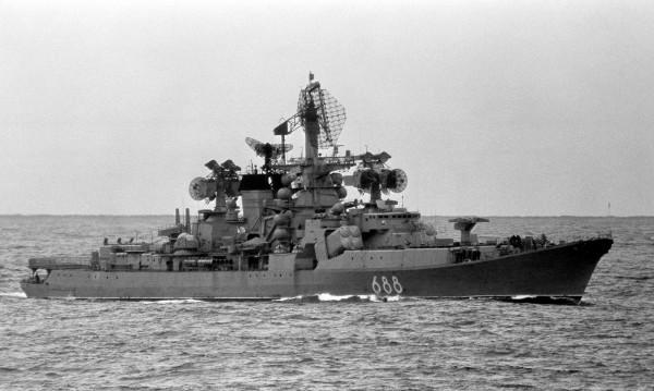 Admirał Jumaszew w całej okazałości - zdjęcie z 1985 roku