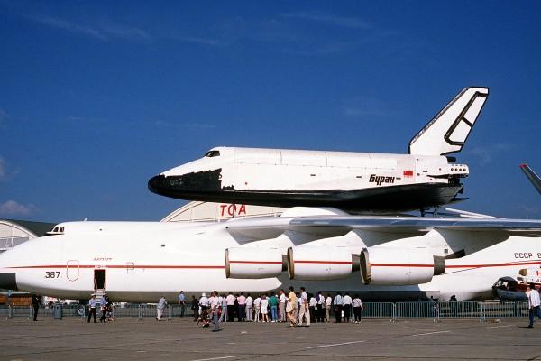 An-225 wraz z promem Buran