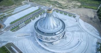 Kościół Maryi Gwiazdy Nowej Ewangelizacji i Świętego Jana Pawła II w Toruniu (fot. Architektura VII Dnia)