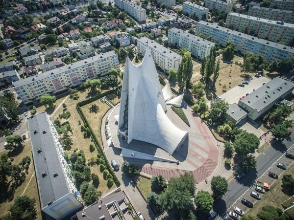 Kościół Miłosierdzia Bożego w Kaliszu (fot. Igor Snopek/Architektura VII Dnia)