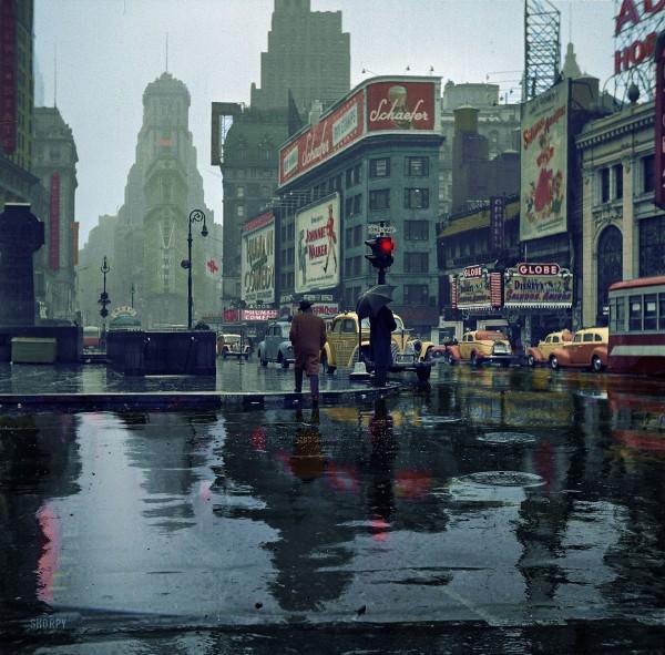 Times Square w 1943 roku (fot. John Vachon)