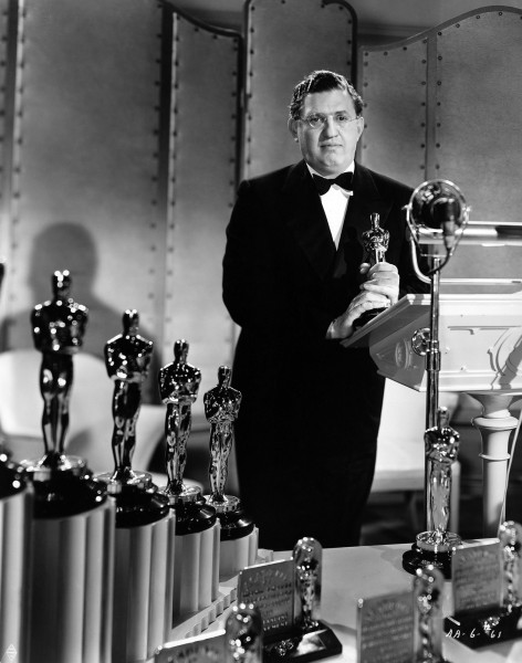 David O. Selznick podczas ceremonii wręczenia Oscarów w 1939 roku