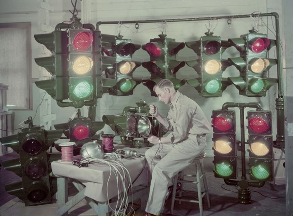 Produkcja nowoczesnych lamp sygnalizacji świetlnej