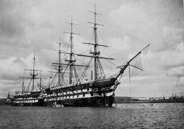 Okręty liniowe HMS Lion i HMS Implacable