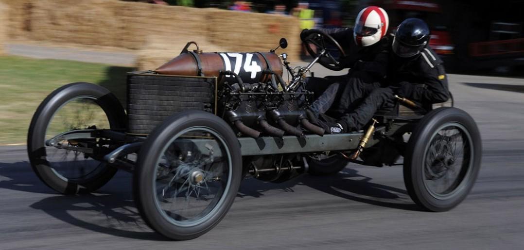 1905 Darracq 200HP - film