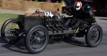 1905 Darracq 200HP - film