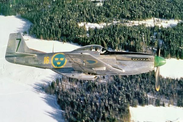 Szwedzki P-51 Mustang - maszyny te nosiły w tym kraju oznaczanie J 26 (fot. Gunnar Fahlberg/Per Jangius)