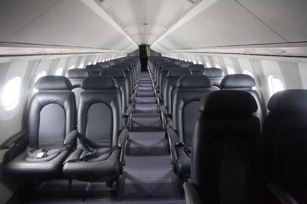 Wnętrze kabiny Concorde (fot. Daniel Schwen/Wikimedia Commons)