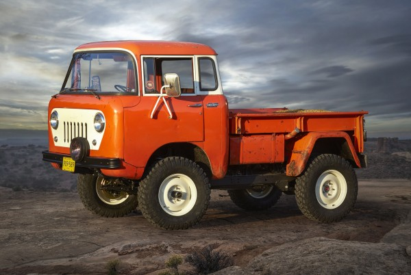 Jeep FC 150 Heritage Vehicle (fot. motorauthority.com)