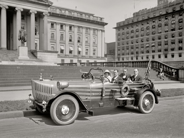 Budmobile z 1924 roku (fot. Shorpy Archive)