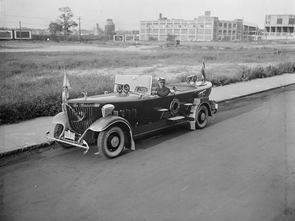 The Budweiser z lat 30-tych - zdjęcie zrobiono 19 sierpnia 1931 roku (fot. Leslie Jones)