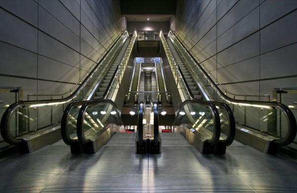 Współczesne ruchome schody