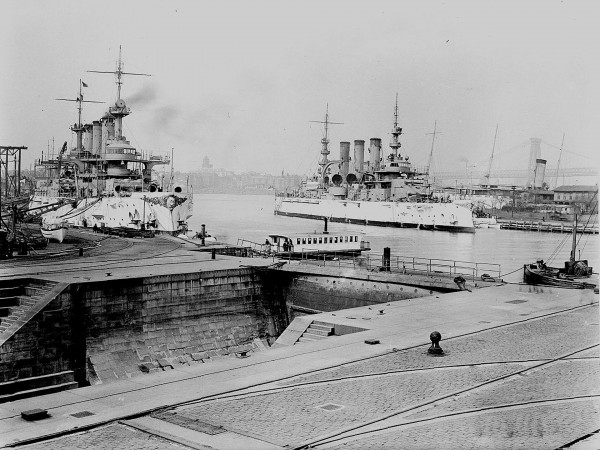 USS Nebraska i USS Connecticut